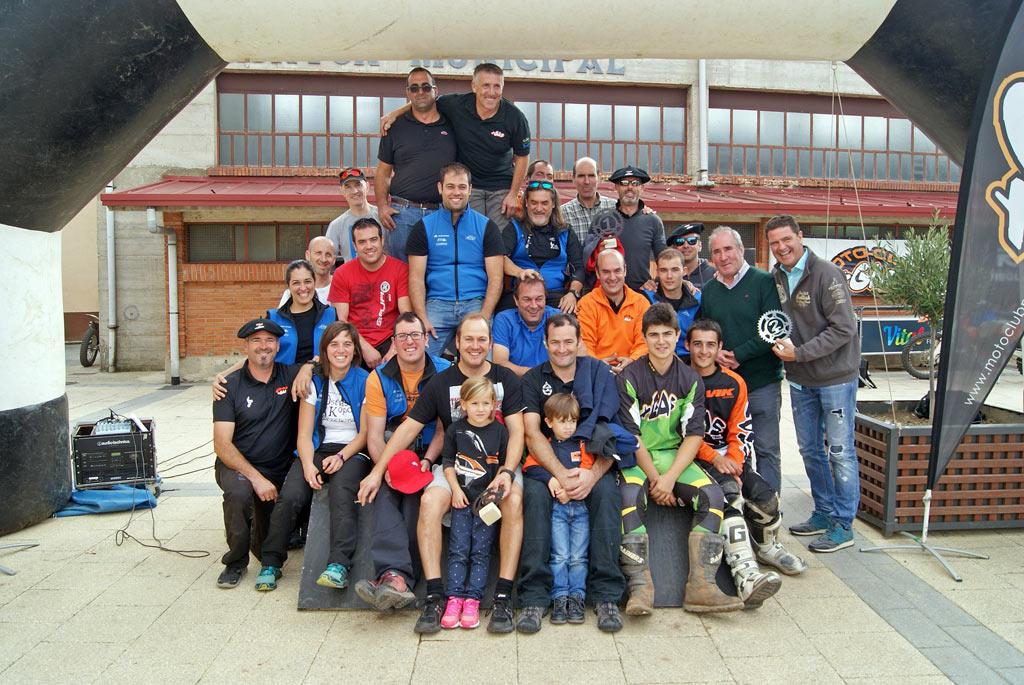 Foto-familia-Motoclub-Mas-Gas