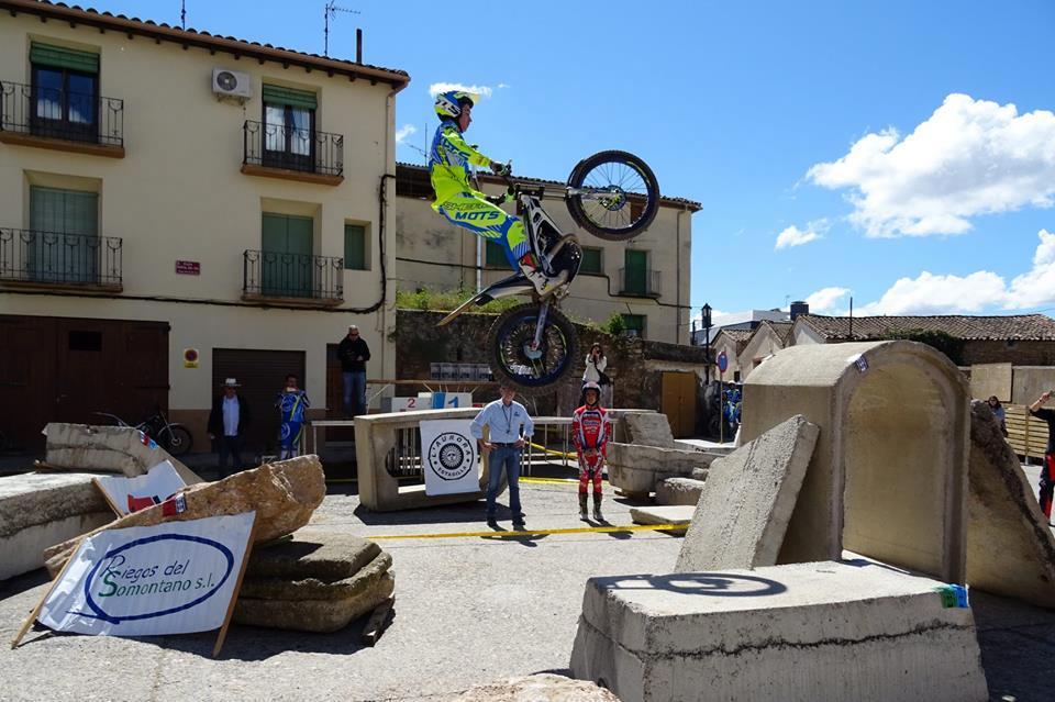 Sergio Ribau dejo con la boca abierta a los presentes con ese impresionante salto