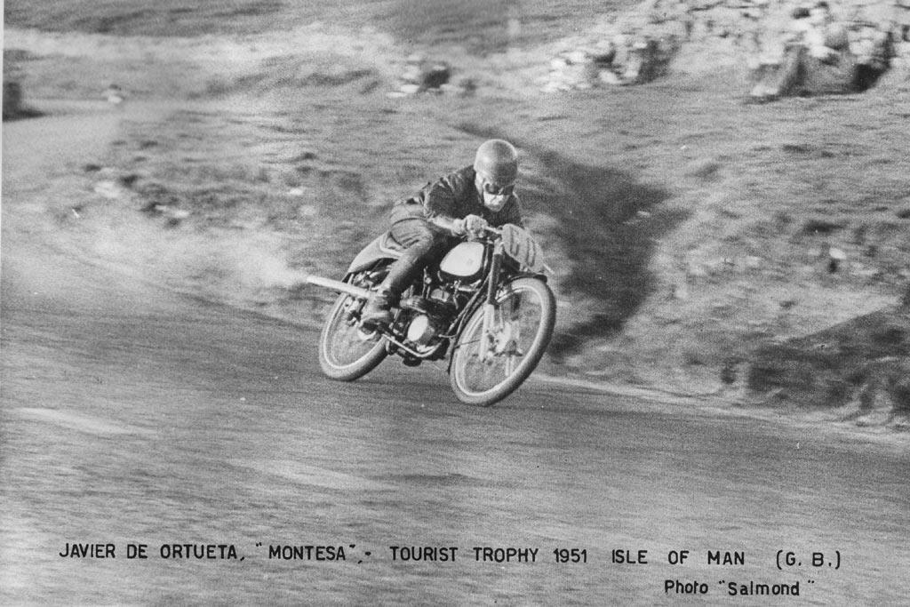 Javier-de-Ortueta-participante-con-montesa-TT-Isla-de-Man-1951